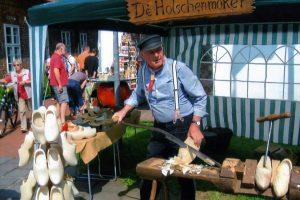 07- Holzschuhmacher Henry BremerDeutschland