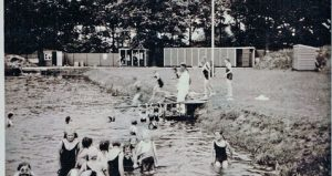 Het Enterse Openluchtbad in 1936.